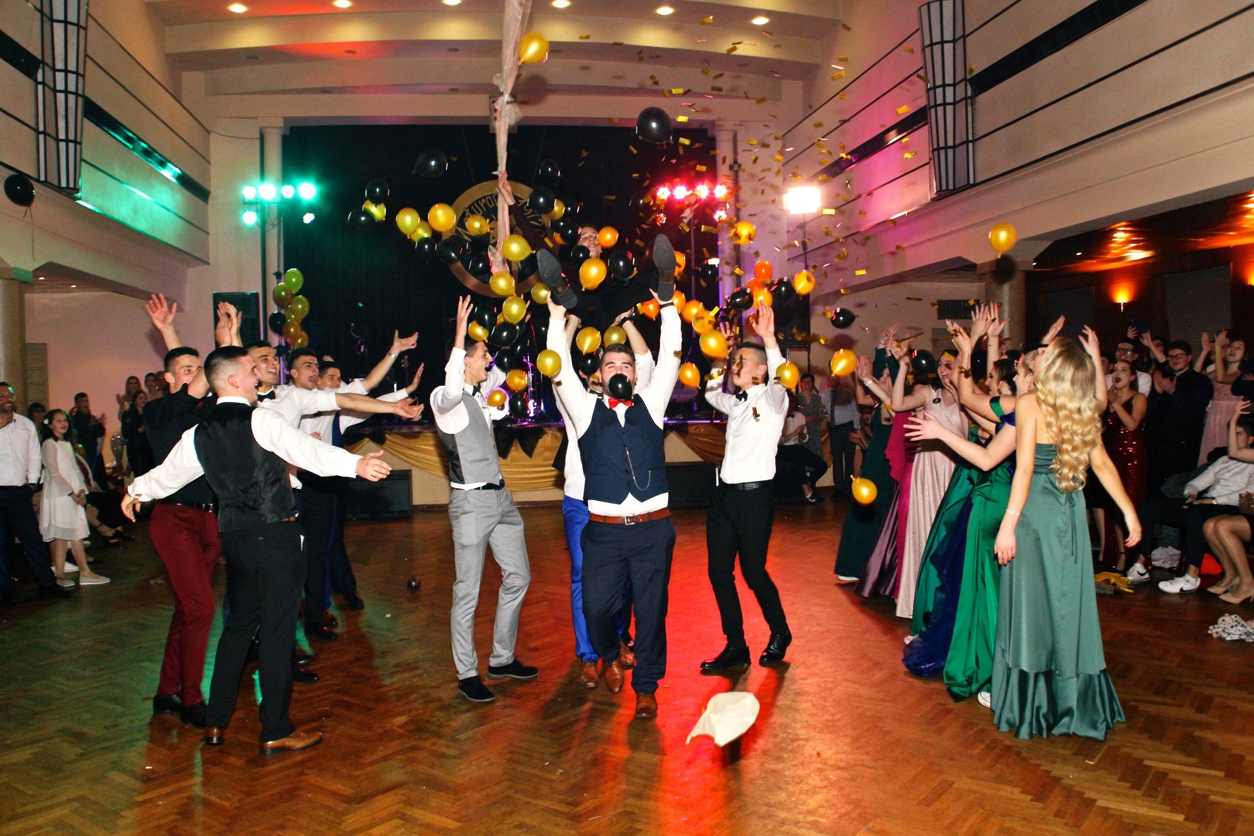 Maturalni ples – generacije 2019/20